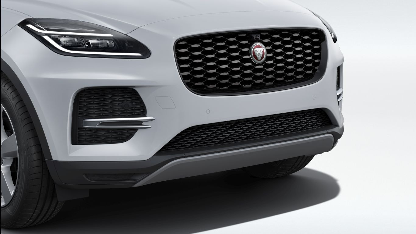 Shadow Atlas Grille with Gloss Black Surround, 21MY onwards