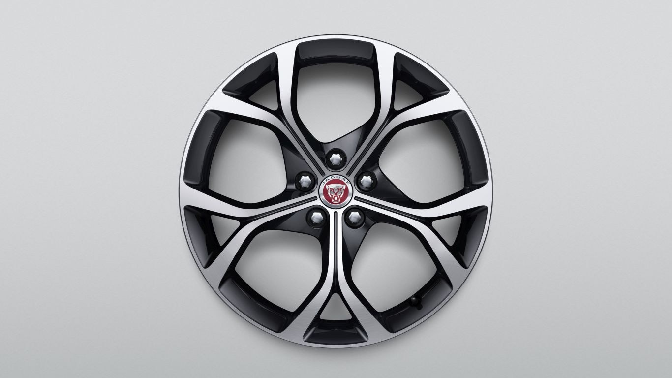 "19"" lichtmetalen velg - Style 5101, 5 split-spoke, Gloss Black Diamond Turned afwerking, Achterwiel"